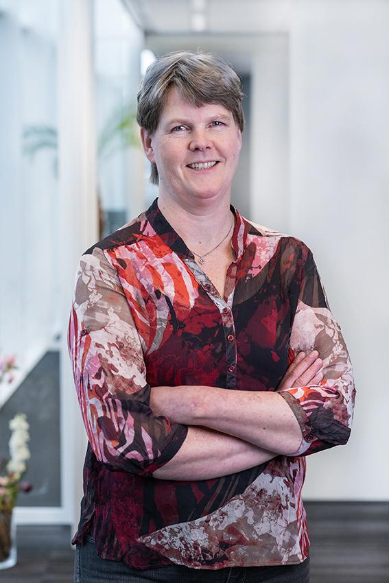 Patricia Dilling DeHaan